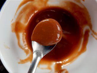 Dulce de leche en una cuchara